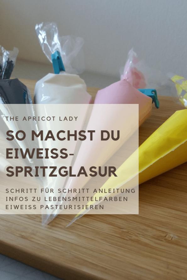 Rezept und Anleitung für die Herstellung von Eiweiß-Spritzglasur. #backen #kekse #dekorieren #selbstmachen #spritzglasur
