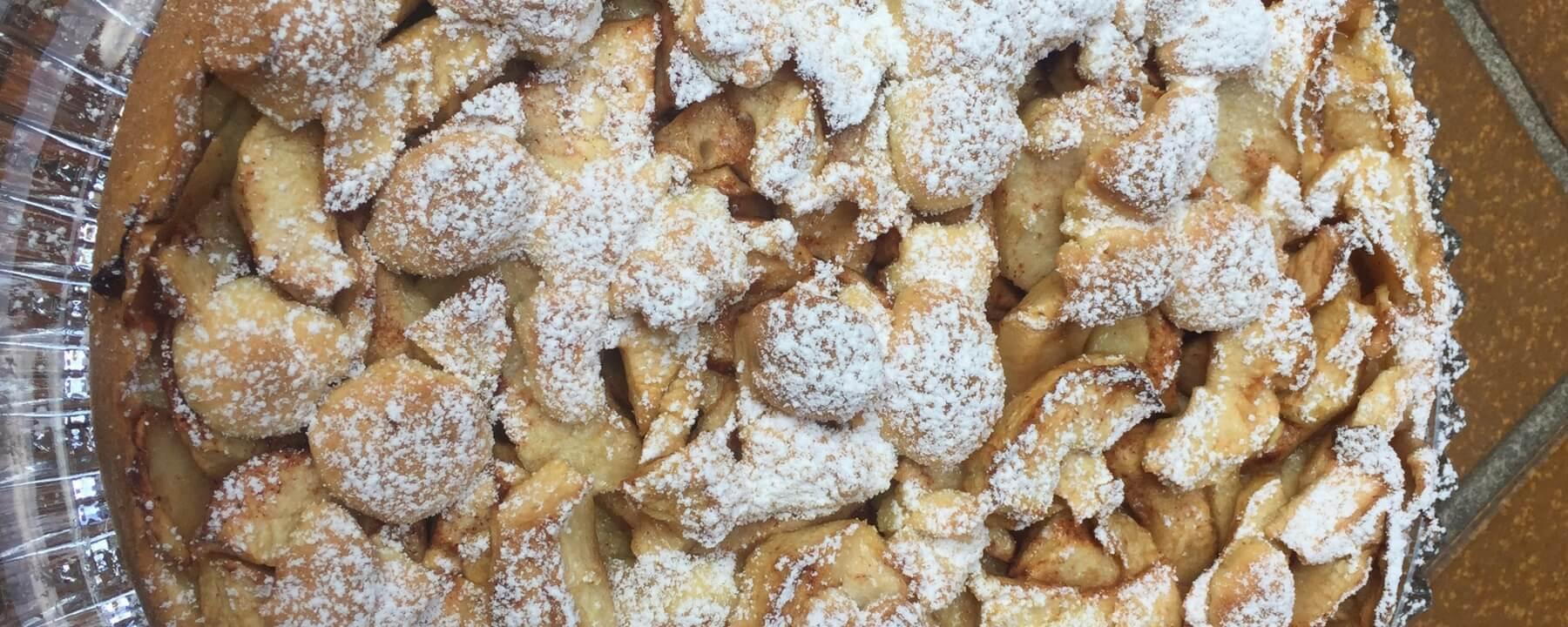 Feiner Apfelkuchen aus Mürbteig