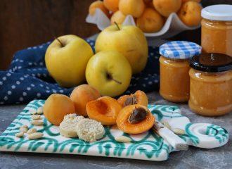 ZubereitungMarillenmarmelademit Marzipan & Apfelstückchen