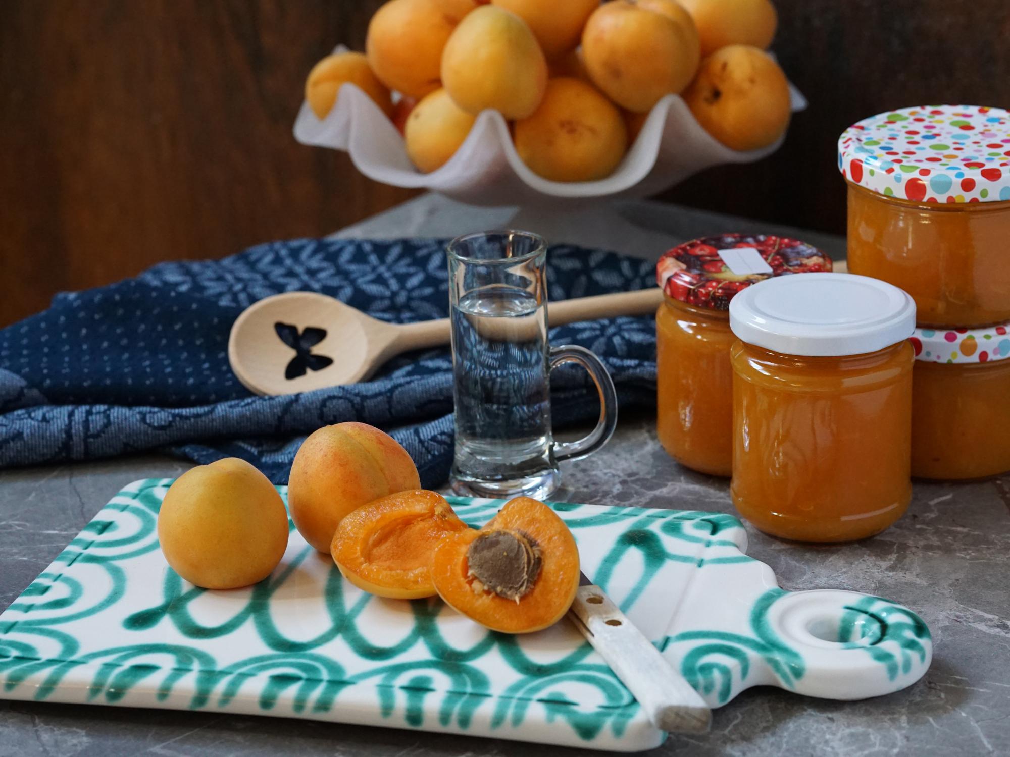Marillen-Marmelade mit Schuß