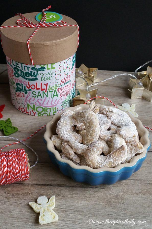 Vanillekipferl die im Mund zergehen. Nach einem alten Familienrezept, dass ich euch gerne verrate! #weihnachten #kekse #backen #vanillekipferl #rezept