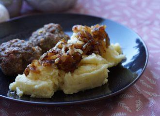 gestampfte Kartoffeln mit Röstzwiebeln
