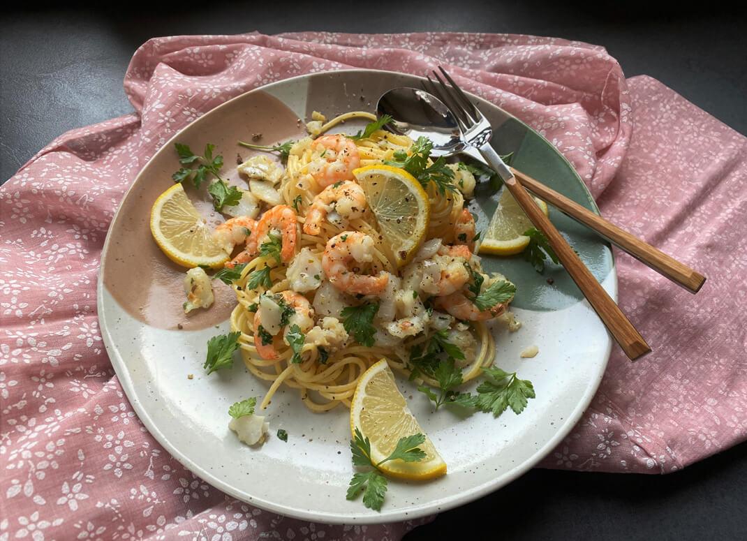 Lemon Garlic Seafood Pasta - The Apricot Lady