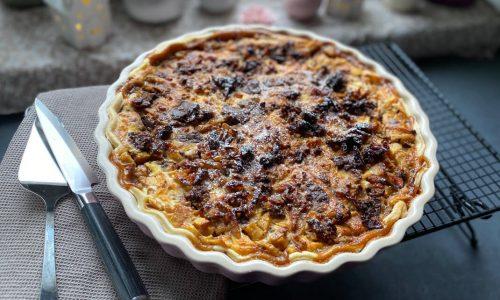 Apfel-Birnen Tarte mit Cookie-Topping